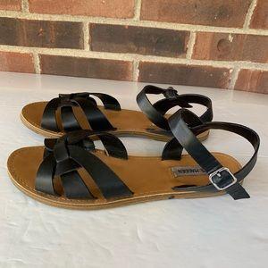 Steve Madden black flat sandals